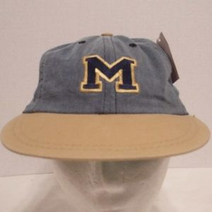Vtg 1990's Michigan University Fitted Cap Tag On
